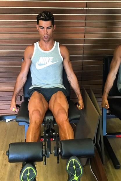 Cristiano-Ronaldo-@cristianoronaldo-2017-06-01_L0tHY1NTcnJ1MGlKWnl3MnB3OFBxcTNsMWZCcz0vMTgweDA6OTAweDEwODAvNzMweDAvNWM3MWNiOTAtZTc2Ny00ZDc3LWJkN2MtZDIwZmE4Zjk4Y2U1